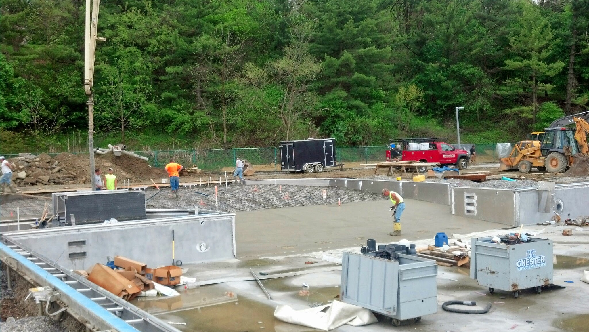 5-14-14 Leisure Pool Floor Pour 2