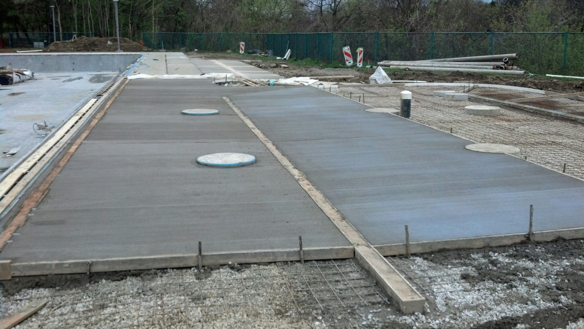 5-2-14 West Pool Deck Pour, Dual Slide Tower Foote
